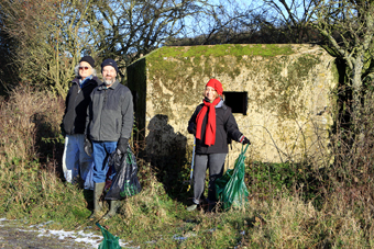 Litter Pick, Hookpit Farm Lane, December 2009 (663KB)