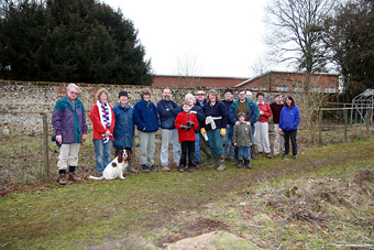 Conservation Volunteers, February 2007 (708KB)