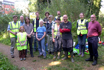 Volunteers, Nuns Walk, September 2008 (496KB)